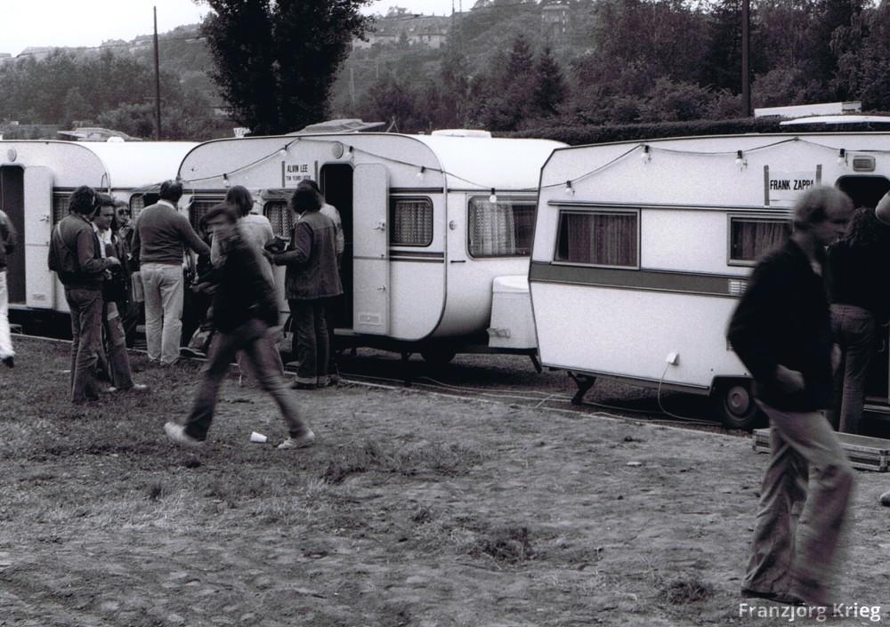 1978_0903_festival_saarbruecken_03_sw_25_caravans_cutcorr_1000