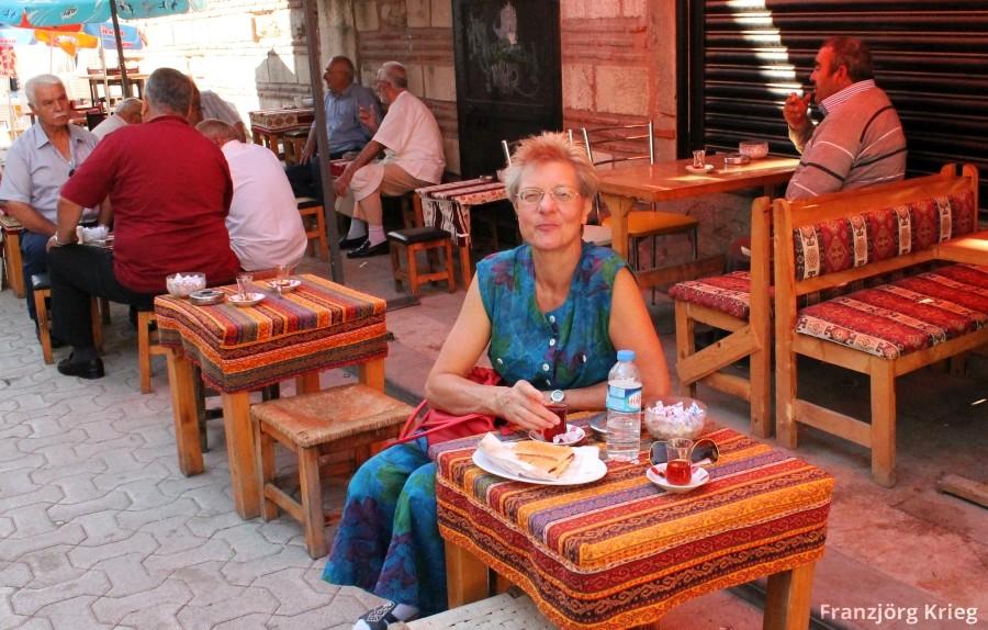 Straßen-Teehaus in Üsküdar