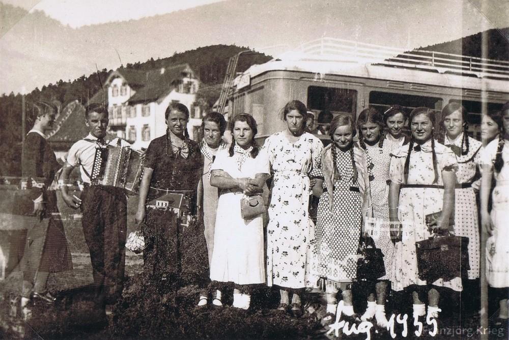 01-40-02_August-1935_Gruppe_cut_1000